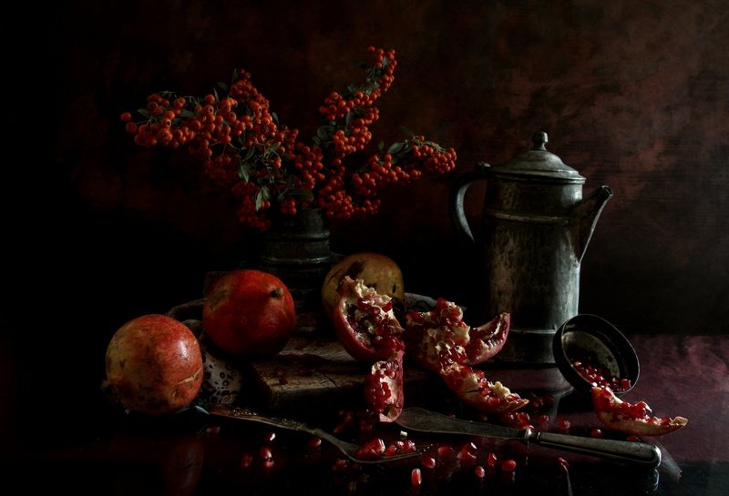 grapes and pomegranate  pomegranatephoto preview