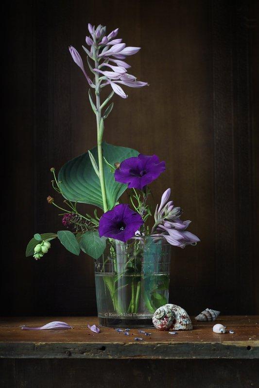 натюрморт, букет, цветы, синий, хоста, петуния, ракушки Букетик с синими цветамиphoto preview