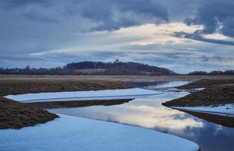 весна, снег, река Весна.photo preview
