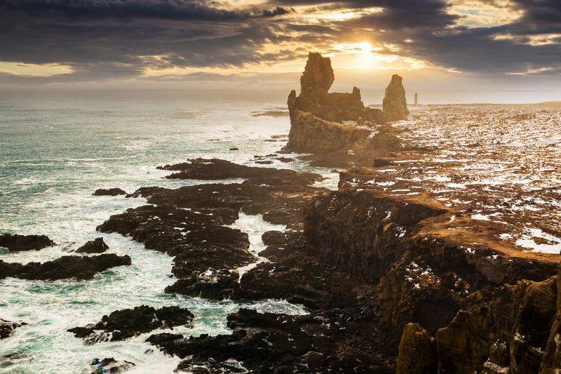 исландия Londrangaphoto preview