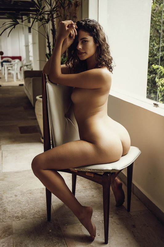 #nude #fineart #fineartnude #portrait #nudeportrait #female #glamour Beautiful Biaphoto preview