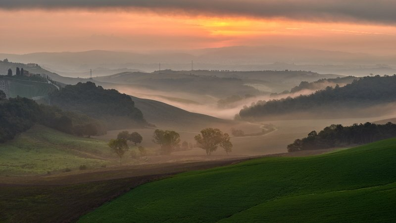 landscape Tuscany morningphoto preview