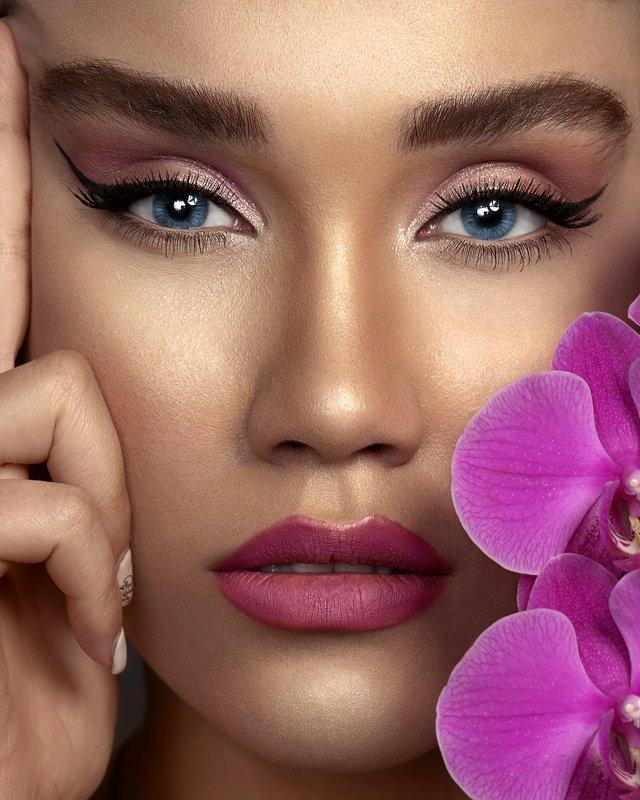 #photo #portrait #female #photoshop #photography #closeup #makeup #beauty kimiaphoto preview