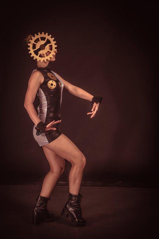 танец, время, костюмы, танцоры, сказка, мистика, ужасы, девушки, красота, история, dance, dancers, costumes, fairy tale, mystery, horror, girls, beauty, cosplay, fantasy Времяphoto preview