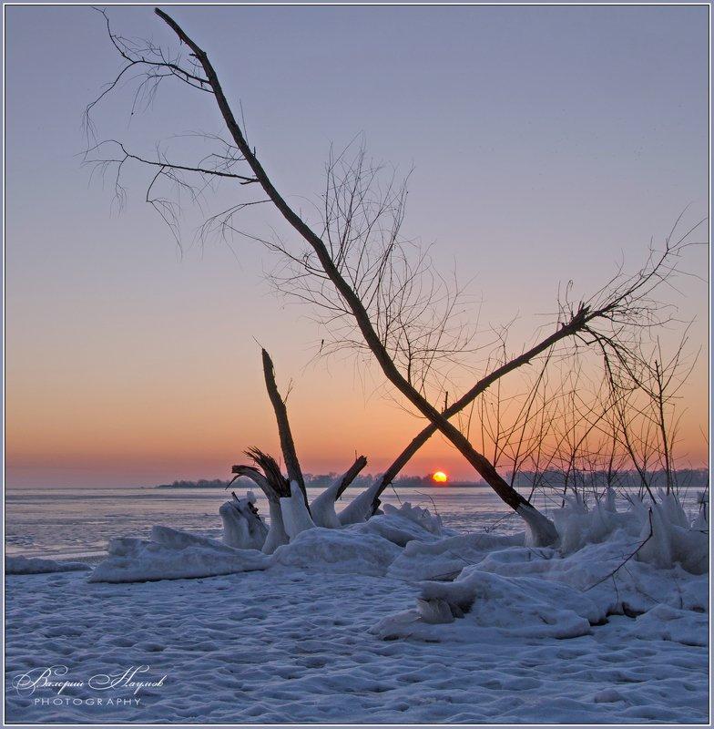 утро, зима, рассвет, река Крестики-ноликиphoto preview