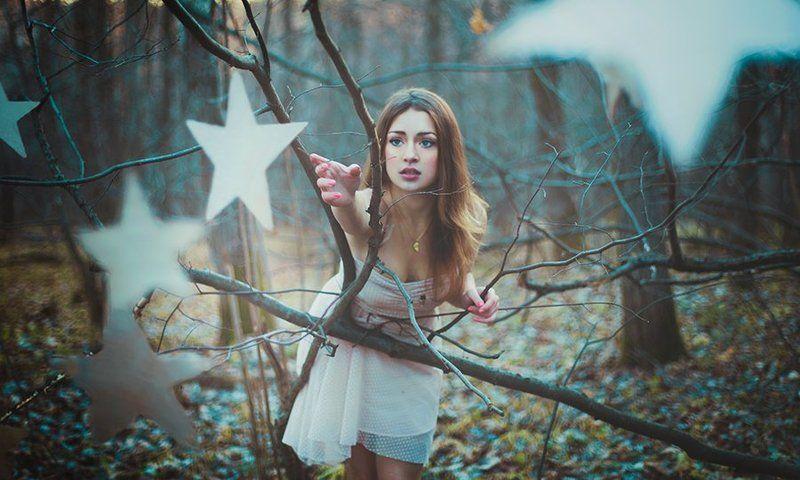 девушка, звёзды, лес, сказка Через тернии к звёздамphoto preview