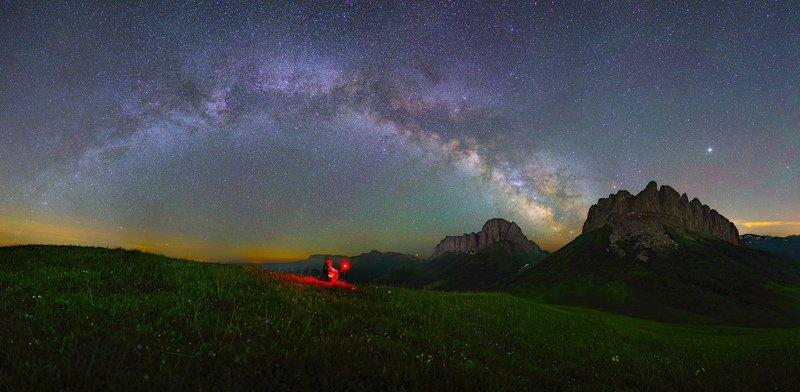 ночь большой тхач ночной пейзаж астрофотография звезды созвездия млечный путь ачешбоки Астрофотограф и Чертовы Воротаphoto preview