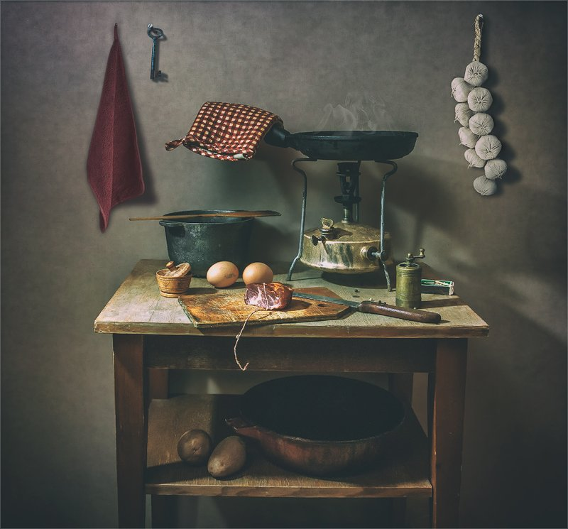 still life, натюрморт,    винтаж,  ретро, история, примус, кухня, мясо, продукты, еда, ретро натюрмортphoto preview