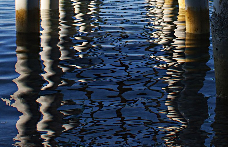 sea,reflections,view,image,art, BREAKING on!photo preview