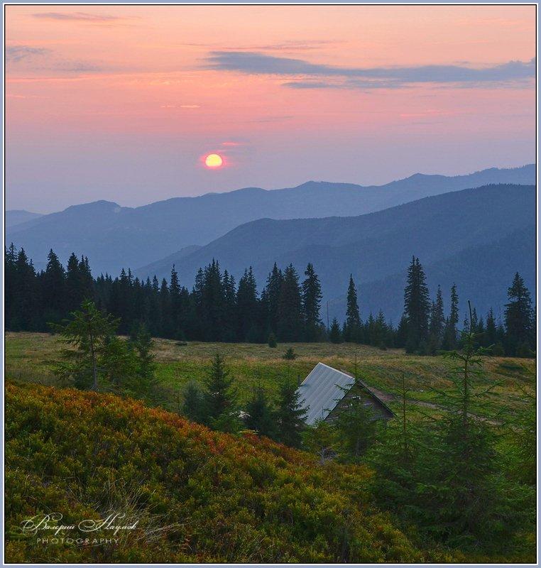 карпаты, гуцульские альпы, вечер, полонына Вечер в горахphoto preview