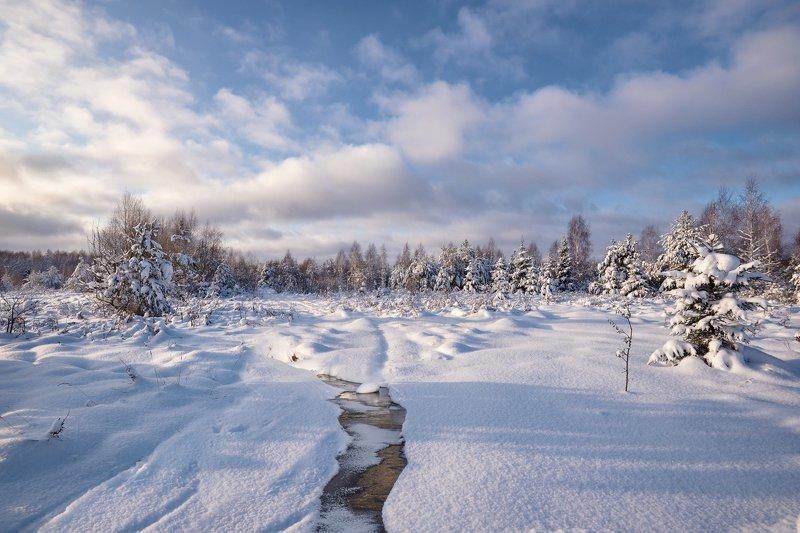 зима,снег,река,мороз,солнце,небо.облака зимний деньphoto preview
