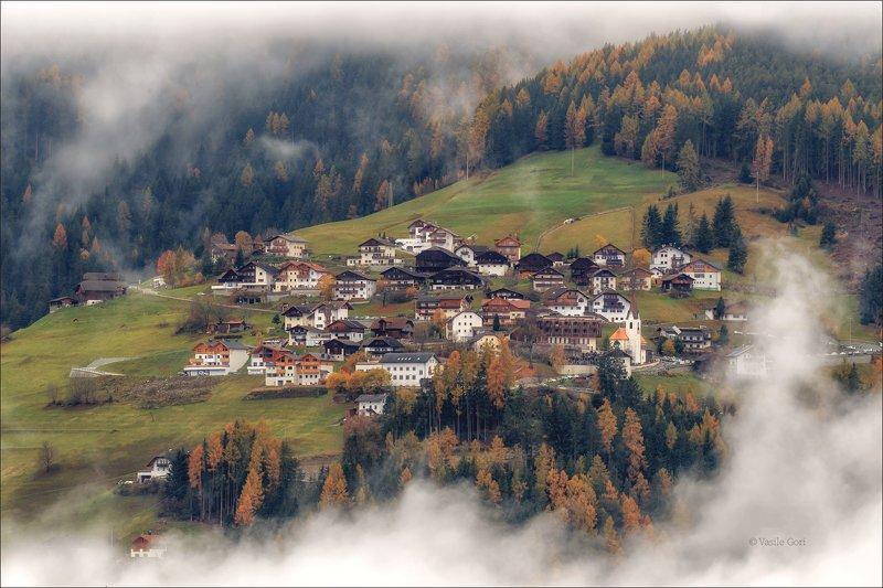 доломитовые альпы,rina,деревня,осень,италия,alps,церквушка,туман RINAphoto preview