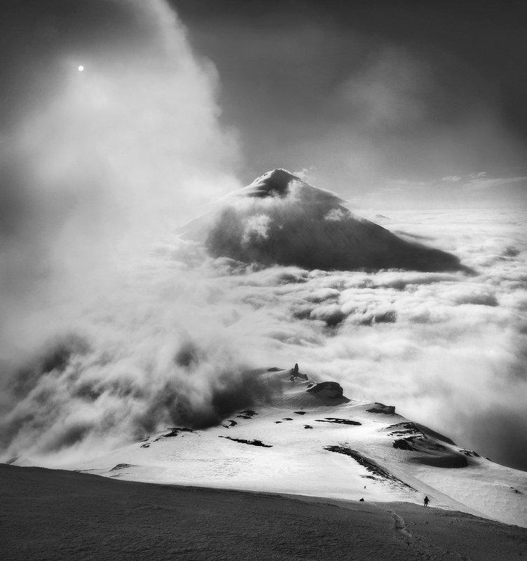 камчатка, вулкан, авачинский, небо, облака, горы, снег Из серии \