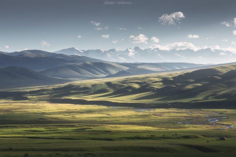 плато асы, ассы, казахстан, тянь-шань, фототуры по казахстану, пейзажи казахстана, фото казахстана, Лето на плато Асыphoto preview