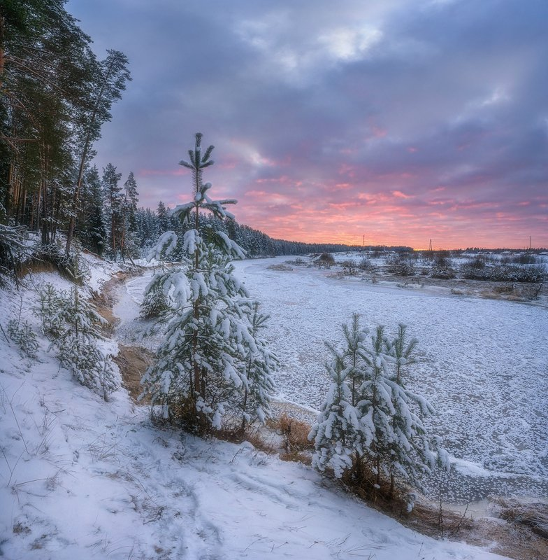 Красочный закат пасмурного дня.photo preview