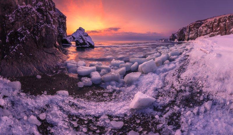 панорама, море, скалы, Осколки уходящей зимы.photo preview