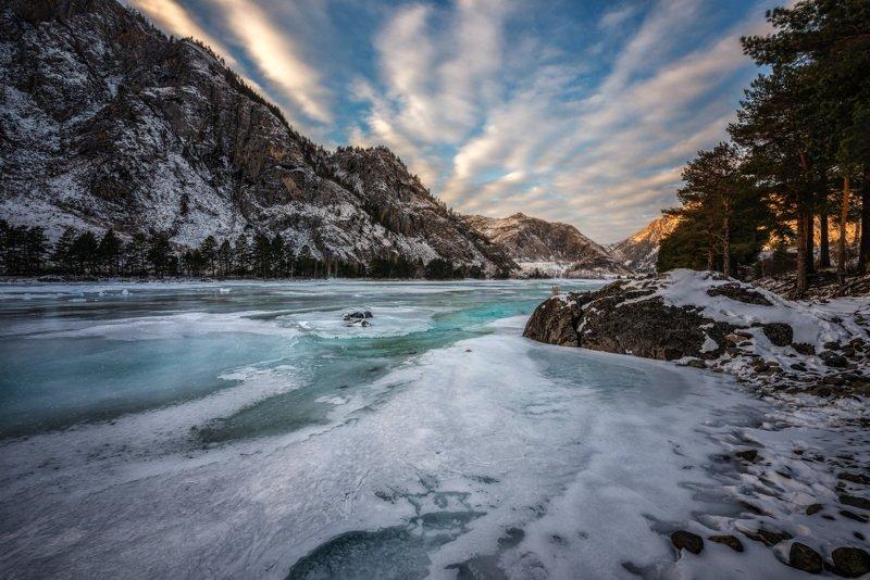 Сибирь, Горный Алтай, Река, Катунь, Берег, Горы, Зима, Вечер, Закат, Снег, Лед Зимний вечер на Катуниphoto preview