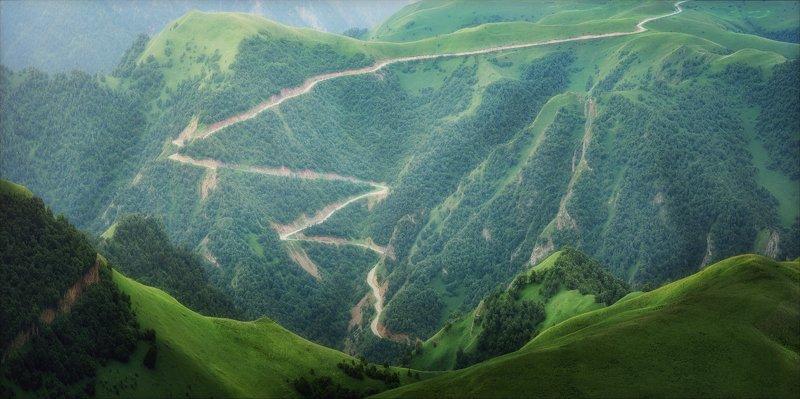 Долгая дорога в горы.photo preview