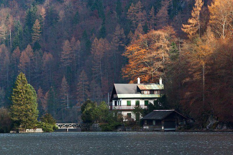 Просто домик, просто в Альпахphoto preview