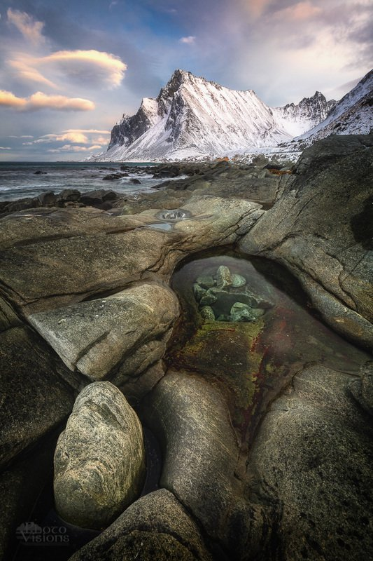 lofoten,norway,norwegian,winter,shoreline,sea shore,rocks,mountains, Alien rocky formphoto preview