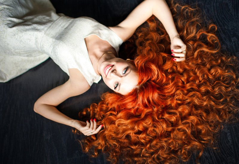red, red hair, orange, curls, hairstyle, girl, beautiful, freckles, Sunny, spring, sun, dandelion, model, smile, bright smile, beauty contest, beauty, Orangephoto preview