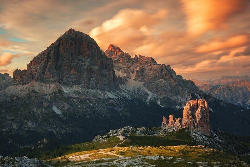mountains, dolomites, italy, sunset, landscape, nature, travel, summer, peak, clouds Cinque Torriphoto preview