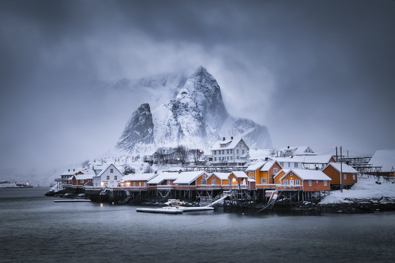 норвегия, лофотены, сакрисой, sakrisoy, norway, lofoten,. mountains, norde, lofoten islands А на утро выпал снег... фото превью