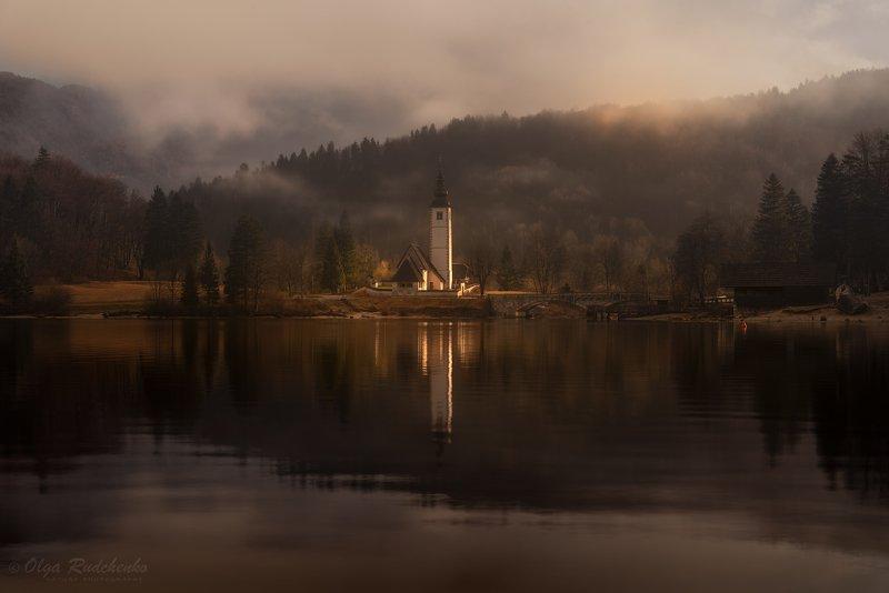 Утро на озере Бохиньphoto preview