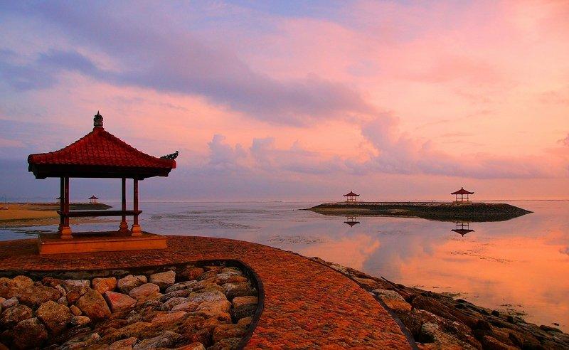 morning, coast, ocean, dawn, sunrise, sky, light, sun, water, landscape, nature Tender morningphoto preview