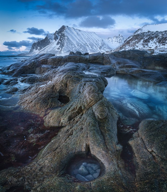 lofoten,norway,norwegian,winter,sunset,blue hour,shore,rocks, Troll face...photo preview