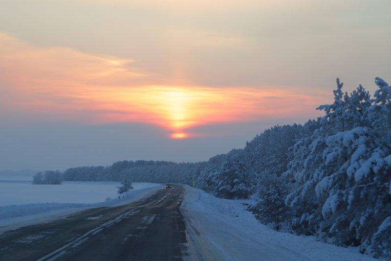 восход зима снег мороз Алтай зимней дорогойphoto preview
