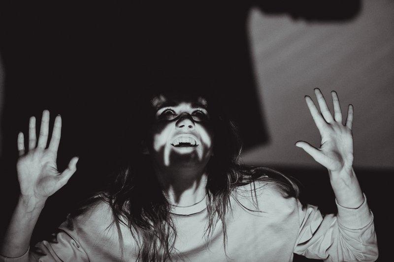 монохром, черно-белое фото, портрет, женский портрет, студия Портретphoto preview