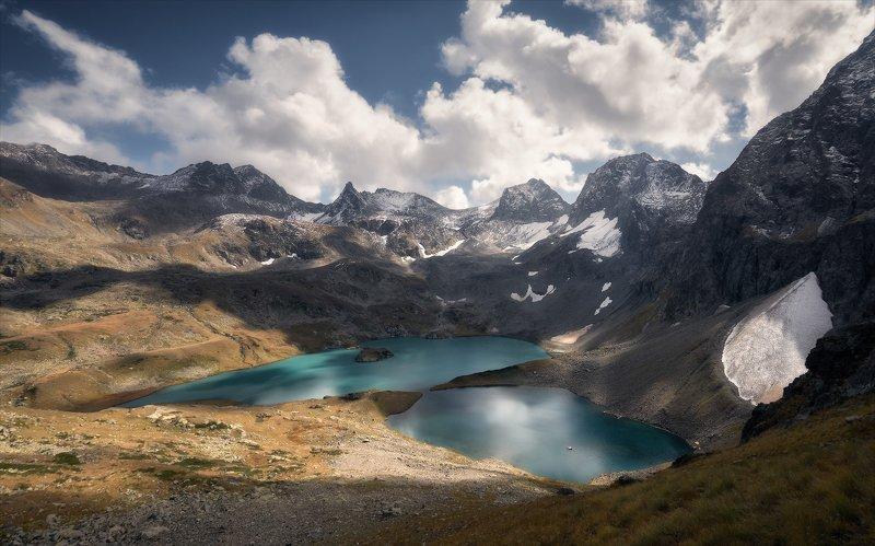 В безмолвии осенних гор.photo preview