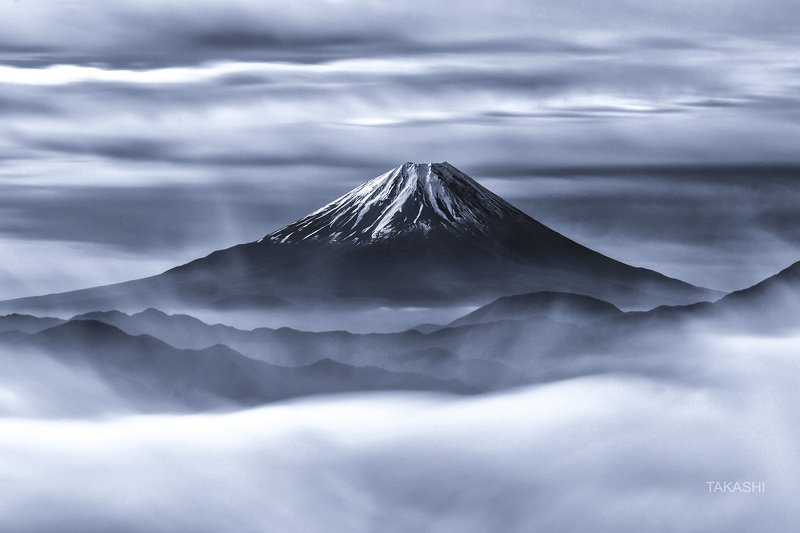 Fuji,Japan,mountain,snow,fog,cloud,amazing,wnoderful,beautiful Beyond the Sea of Cloudsphoto preview