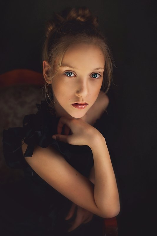 girl, portrait, child, natural light Nadiaphoto preview