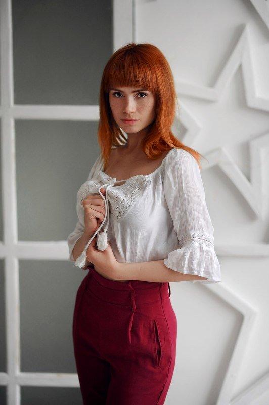 Девушка, белый ,рыжая, рыжий  Оляphoto preview