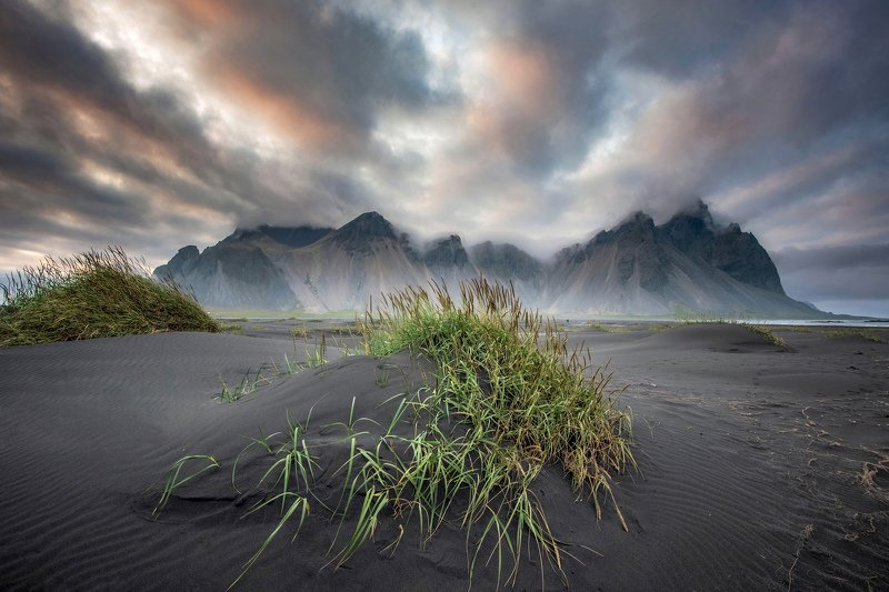 исландия,iceland дюны на чёрном пляжеphoto preview