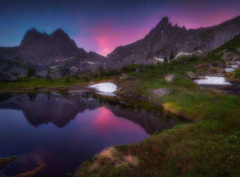 ергаки, горы, саяны, сибирь Рассвет на озере Ласточкаphoto preview