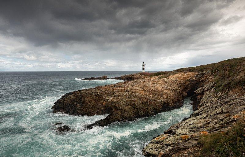 Маяк. Faro de Ribadeo. Маяк. Faro de Ribadeo.photo preview