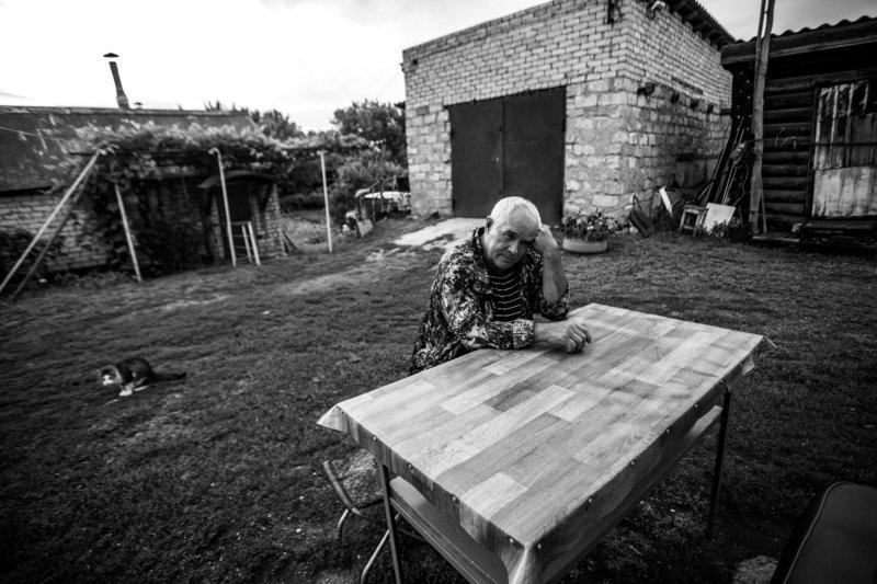 чб,деревня,жанр,портрет Перерывphoto preview