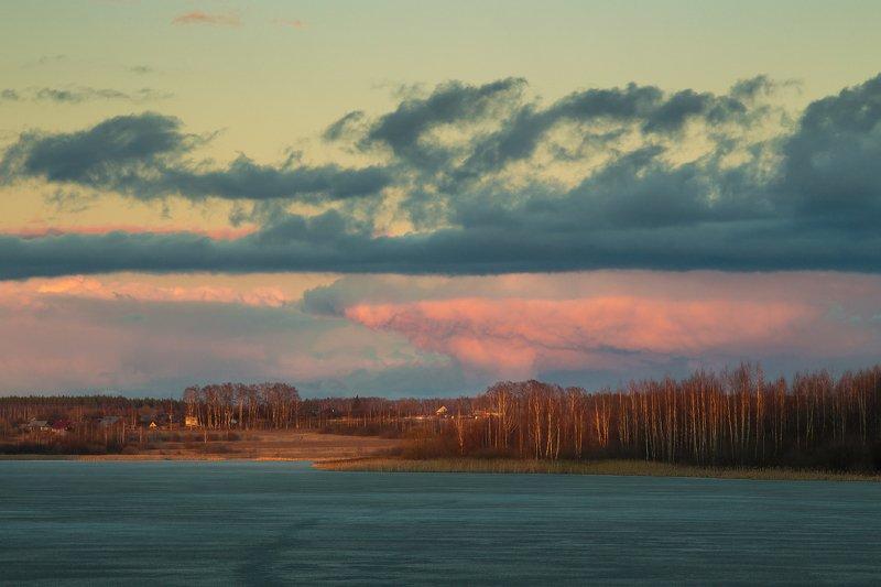 вечер март закат облака В лучах закатаphoto preview