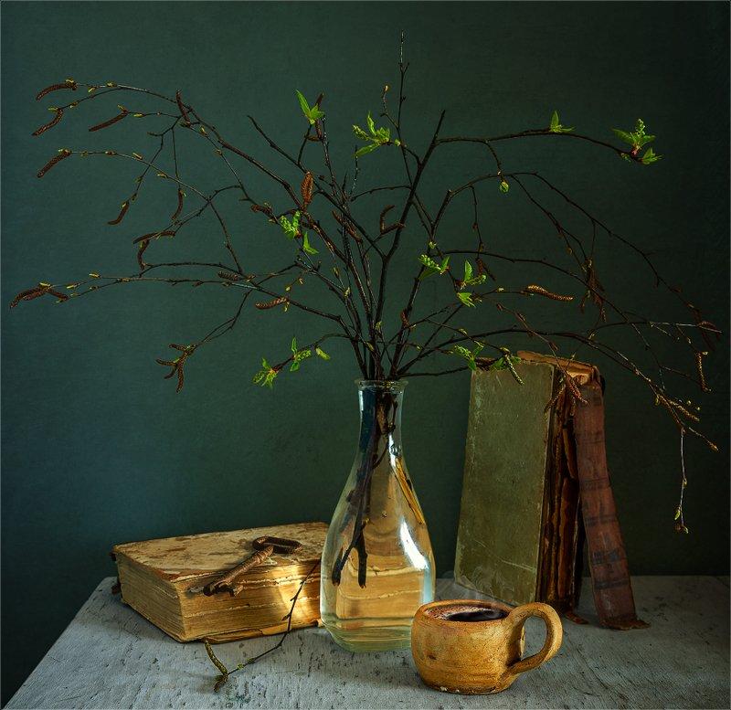 still life, натюрморт,    винтаж,    цветы,  листья, ветка, весна, природа, кофе, напиток, книги, натюрморт с чашечкой кофе и весенними веткамиphoto preview