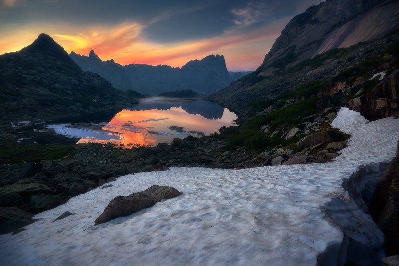 ергаки, горы, саяны, сибирь В вечерних краскахphoto preview