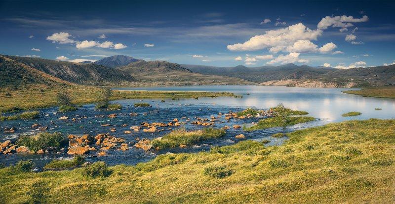пейзаж, панорама, горы, озеро, алтай, сибирь, природа, путешествия, буйлюкем, ущелье, камни, красные, небо, отражения, облака, широкий, большой, высокий Красные камни Буйлюкемаphoto preview