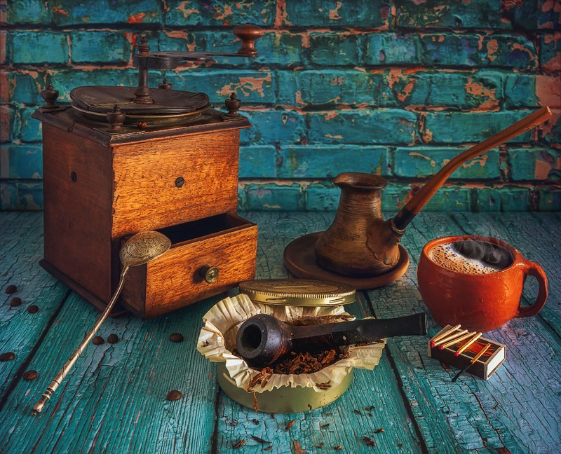 still life, натюрморт,    винтаж,  ретро, табак, курительная трубка, кофе, аромат, чашка кофе, кофемолка, хороший табак и ароматный кофе...photo preview