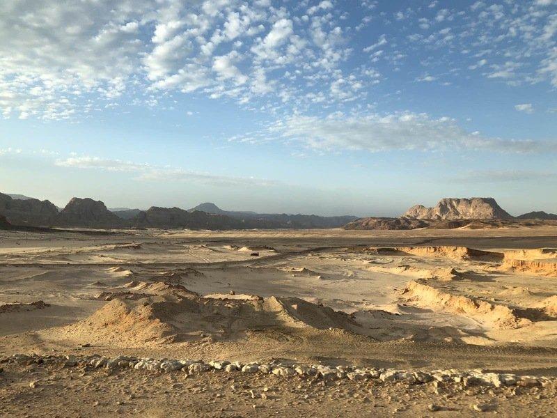 египет, пустыня, пейзаж Песок, жара и облакаphoto preview