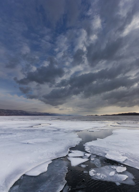 Байкал. Мартphoto preview