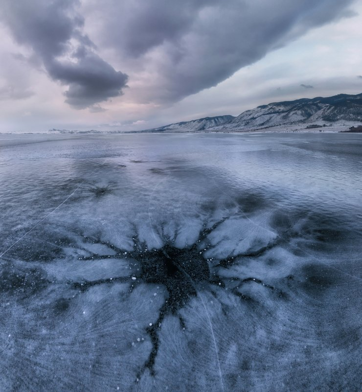 байкал Мрачные рисунки байкальского льда.photo preview