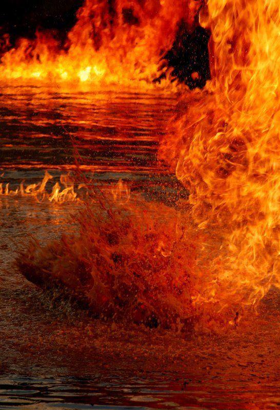 огонь, вода Огонь и водаphoto preview