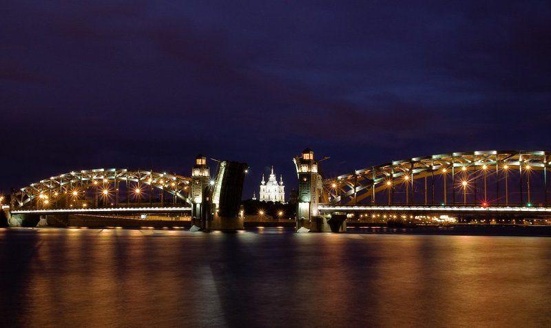 мост, разведенный, ночь, нева, подсветка Большеохтинский мостphoto preview